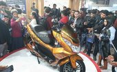 Okinawa Cruiser Electric Maxi-scooter Showcased At Auto Expo 2020
