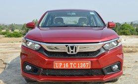 2018 Honda Amaze red front