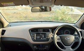 2018 Hyundai Elite i20 interior dashboard