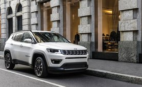 Jeep Compass front three quarters