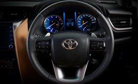 2021 Toyota Fortuner instrument