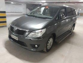 2013 Toyota Innova 2.5 V 7 STR For Sale