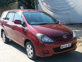 Used Toyota Innova 2.5 GX 7 STR BSIV 2010 for sale in best deal