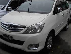 Good as new Toyota Innova 2004-2011 2009 for sale