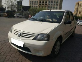 Used 2009 Mahindra Logan car at low price