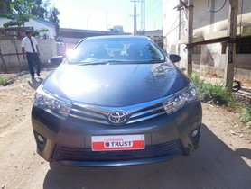 Well- kept Toyota Corolla Altis G MT 2015 by owner