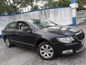 Used Skoda Superb 2009-2014 car for sale at low price