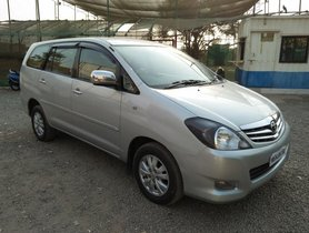 Used Toyota Innova 2.5 VX 8 STR BSIV 2010 for sale