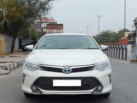 Used Toyota Camry car for sale at low price