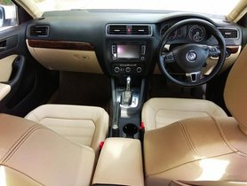 Used Volkswagen Jetta 2011-2013 car for sale at low price