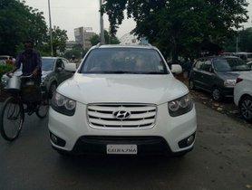 Well-maintained Hyundai Santa Fe 4X4 2012 for sale