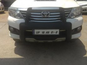 Used Toyota Fortuner 4x2 AT 2013 for sale in Noida