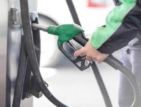 Freebies Offered at Madhya Pradesh's Fuel Pumps to Encourage Fuel Sales