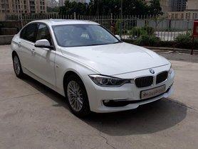 Used BMW 3 Series 320d Luxury Line 2014 by owner