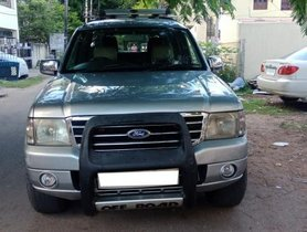 Good as new 2004 Ford Endeavour for sale
