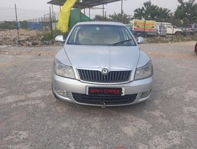 Well-maintained Skoda Laura 2011 for sale