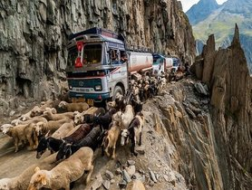 What Are The Most Dangerous Roads In India?