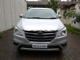 Good as new 2013 Toyota Innova for sale in Mumbai