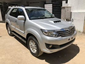 Good Toyota Fortuner 4x2 AT 2014 for sale at the best deal