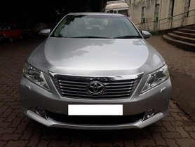 Used 2014 Toyota Camry for sale at low price