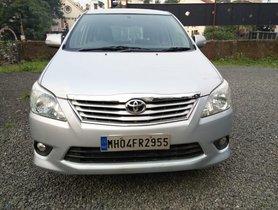 Used Toyota Innova 2004-2011 car at low price in Mumbai