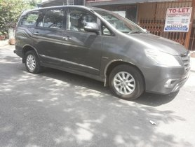 Used 2014 Toyota Innova 2004-2011 car at low price