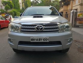 Used 2009 Toyota Fortuner car at low price
