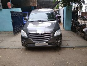 Toyota Innova 2.5 V Diesel 8-seater 2014 for sale