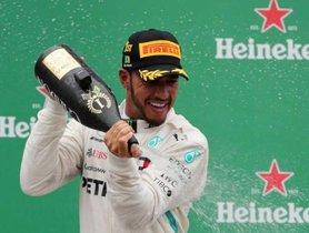 Lewis Hamilton Celebrates 10th Victory At 2018 Brazilian Grand Prix