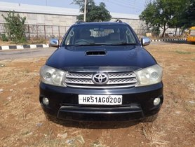 Used Toyota Fortuner 2.8 4WD MT 2009
