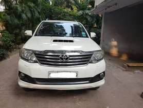 Good as new Toyota Fortuner 4x2 AT in Kolkata