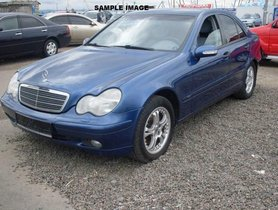 Good as new Mercedes-Benz C-Class 180 Classic by owner
