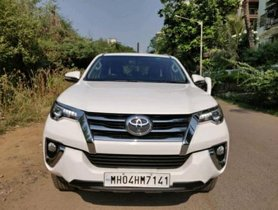 Toyota Fortuner 2.8 4WD AT 2016 for sale