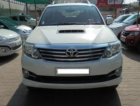 Used Toyota Fortuner 4x2 AT 2015 by owner