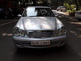 Mercedes-Benz C-Class C 200 Kompressor Elegance MT by owner