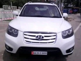Hyundai Santa Fe 4X2 2012 by owner