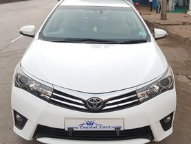 Used 2014 Toyota Corolla Altis car at low price