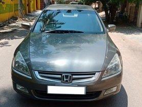 Used Honda Accord 2006 car at low price
