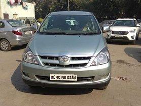 Good Toyota Innova 2004-2011 2008 for sale