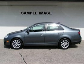 Volkswagen Jetta 2013-2015 1.9 Highline TDI 2010 for sale