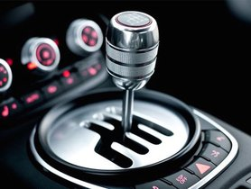 Driving Tips: How And When To Change Gears