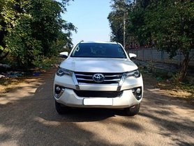 Toyota Fortuner 2.8 4WD MT  2017 for sale