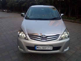 Toyota Innova 2.5 VX 8 STR 2011 for sale