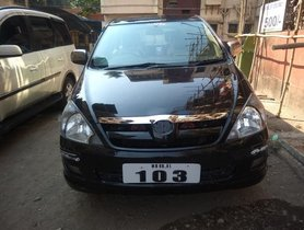 Used Toyota Innova 2007 car at low price