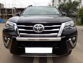 Used Toyota Fortuner 2.8 4WD AT 2017 for sale