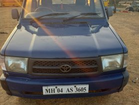 Used 2000 Toyota Qualis for sale