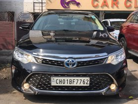 Used Toyota Camry car 2016 for sale at low price