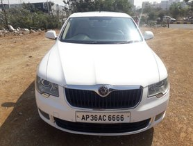 Used Skoda Superb 2012 car at low price