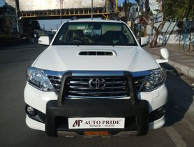 Used Toyota Fortuner 2012 car at low price