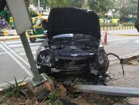 One Person Killed And A Bentley Bentayga Completely Destroyed In An Accident